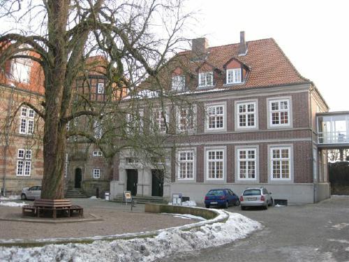 Südblock der Schlossanlage-  Heute Kulturamt der Region