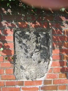 Der Erichstein in der Mauer an der Liebfrauenkirche