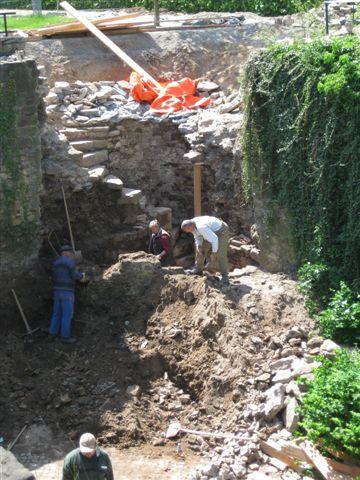 Kein eingemauerts Kind - Die verborgenen Treppe in der Festungsmauer des Schloss Landestrost