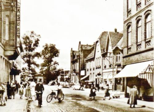 Die Marktstraße in Neustadt um 1960