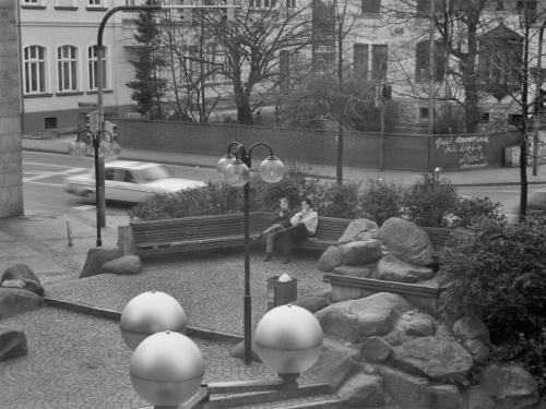 Drei Linden um 1981 - das westliche Ende der Fußgängerzone in Neustadt.