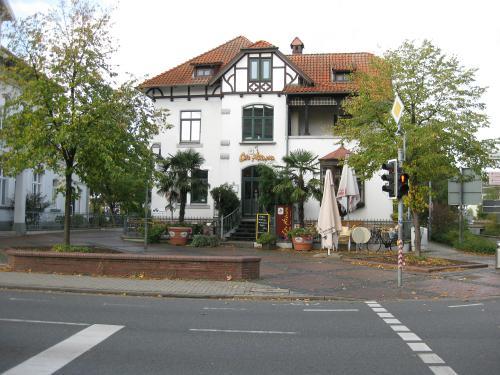 """Das Cafe Havannan in Neustadt am Rübenberge in der ehemaligen """"Kollmeyerschen Villa"""""""