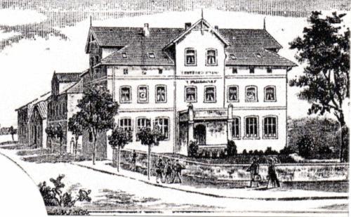 """zeichnung aus dem Jahresbereicht der Winterschule von ca. 1893. Zu diesem Zeitpunkt steht die """"kollmeyersche Villa"""" noch nicht."""