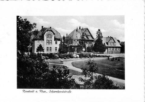 Blick auf die Theodor Heuss Straße in Neustadt