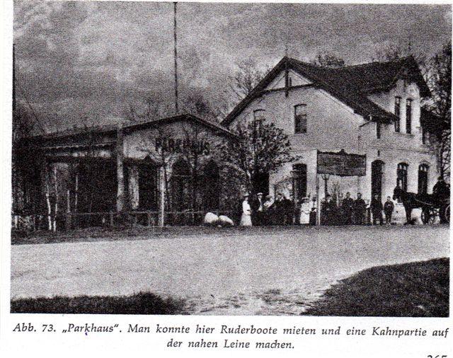 Aus Winkel: Aufnahme des Parkhauses in Neustadt