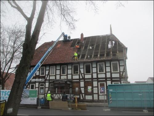 """Abriss des Hotels """"Zum Stern"""" mit der Gastwirtschaft """"Bei Charlie"""" im Februar 2015 (Foto Dyck)"""