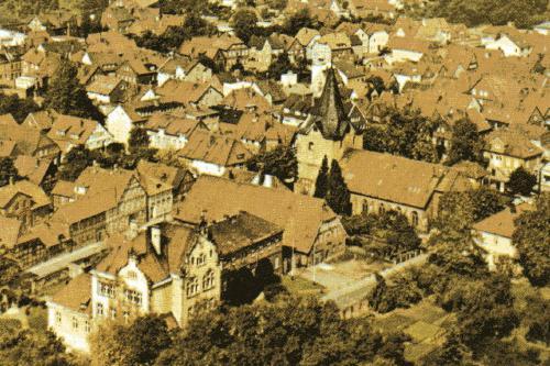 Aufnahme der Zehntscheune  in Neustadt am Rübenberge (Ausschnitt aus einer Postkarte)