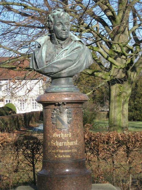 Ehrenmal zum Gedenken an Gerhard von Scharnhorst in Bordenau / Neustadt am Rübenberge