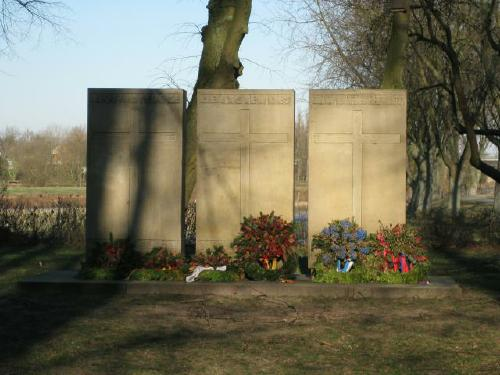 Das Kriegerdenkmal am Leine-Ufer heute (Foto Dyck Febr 2012)