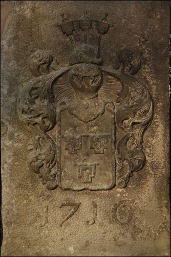 Wappen der Familie von Campen auf dem Gutshof in Poggenhagen (Quelle: Wikipedia)
