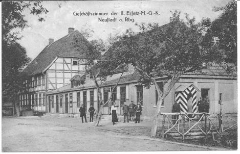 """""""Hotel Zum Stern"""" als Kaserne einer Maschinengewehr Kompanie, ca 1914 - 1918. Foto Hans Erich Hergt, eingesandt in Leinezeitung 12.12.2008"""