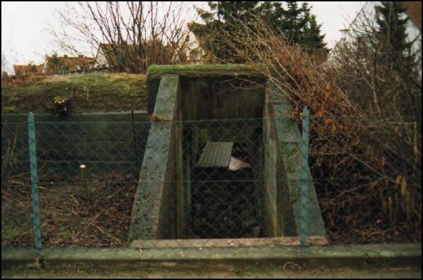 Bunkerausgang vor dem Abbruch