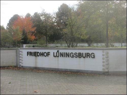 Eingang zum Friedhof Lüningsburg (Foto Dyck)