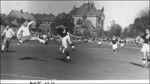 Fußball in Neustadt (Foto: Wolfgang Ernst)