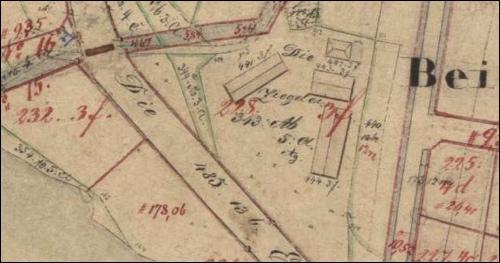 """In den Plänen """"betreffend die Spezialtheilung und Verkoppelung vor Neustadt a/R."""" von 1889/ 90 ist die Ziegelei noch eingetragen"""