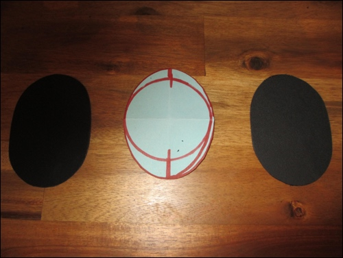 Pattern for shoulder holders and the base plate cut out of a kydex plate.