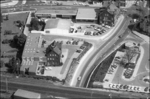 Anwesen Scheve im Luftfoto nach 1976