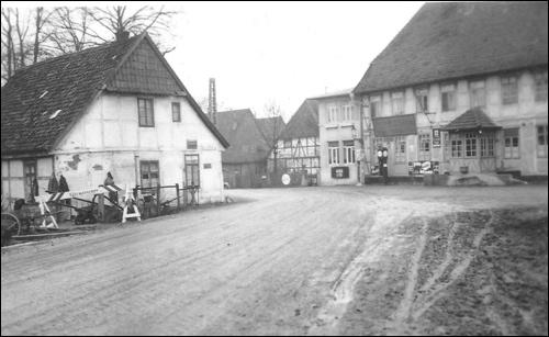 """Bild aus aus """"Neustadt am Ruebenberge, Geschichte in Fotografien"""" (Foto von 1933)"""