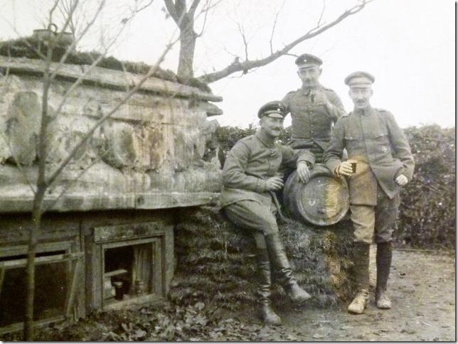 Pause am Faß. Offiziere im ersten Weltkrieg