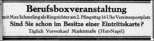 Exweltmester Max Schmeling als Ringrichter bei einer Boxveranstaltung in Neustadt